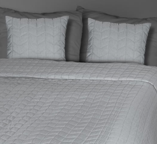 Untuvaa Kajo - Light Grey Bedspread