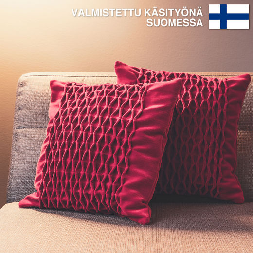 Untuvaa Rubiini - decorative pillow case